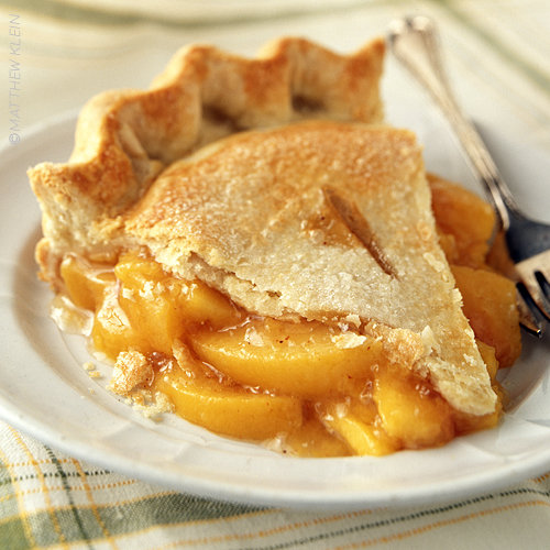 Audrey Allure: Tasty Thursdays: Peach Pie